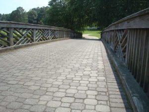 interlocking paver walkway design